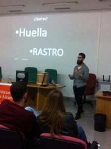 Pablo Aracil en una ponencia